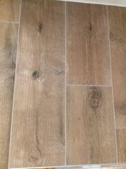 Wand- oder -Bodenfliese Holzoptik 20
