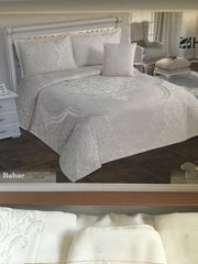 Hochwertige Bett-Set Garnitur Neu 4-teilig