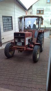 Traktor IHC 383
