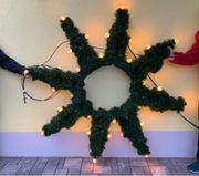 Beleuchteter Weihnachtsstern für den Außenbereich