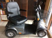 Stabiles Elektro-Mobil für Senioren
