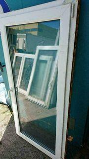 Kunststoff Bad Fenster innen weiß