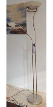 Stehlampe Deckenfluter mit zusätzlicher Leselampe