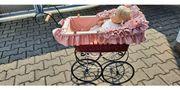 Nostalgie-Puppenwagen mit Handgefertigter Puppe