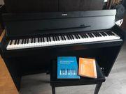 Elektro Piano Klavier