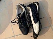 Puma Sneaker Gr 33