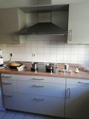 Hochwertige Einbauküche fast neu