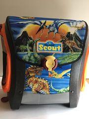 Verschenke Schulranzen von Scout