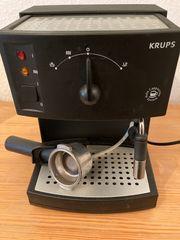 KRUPS Kaffee und Cappuccino Maschine