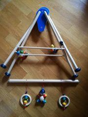Hess Holzspielzeug Babyspielgerät Spieltrapez Joe