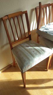 4 Stühle 1 Sessel Tisch
