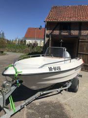 Motorboot der Marke Ryds Inclusive
