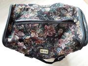 Reisetasche aus Stoff