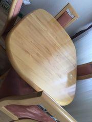 Ausziehbarer Tisch in Holzoptik