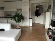 Möblierte 2-Zi -Wohnung mitten in