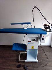 Professionelle Bügelanlage Bügelstation Dampfbügeleisen mit