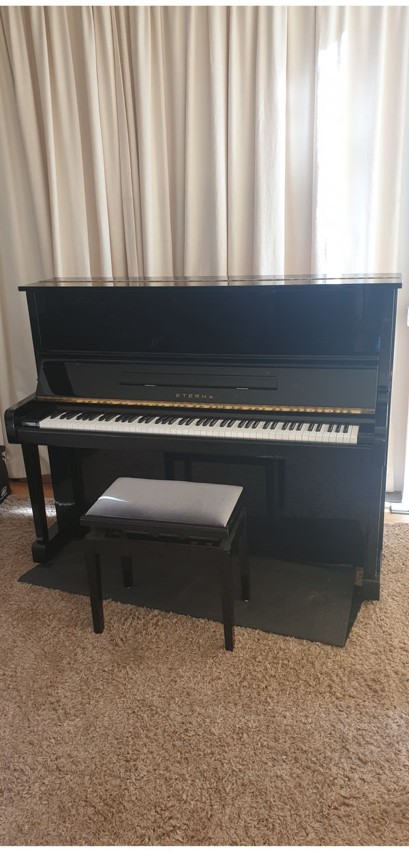 Hochwertiges Eterna Klavier günstig abzugeben