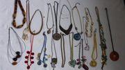 Modeschmuck 21 Halsketten