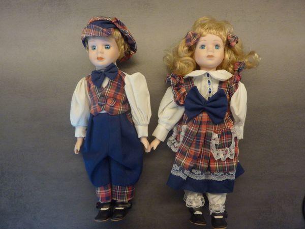 11 Puppen Porzellanpuppen