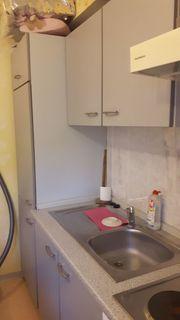 Einbauküche mit Elektrogeräten plus Eckbank