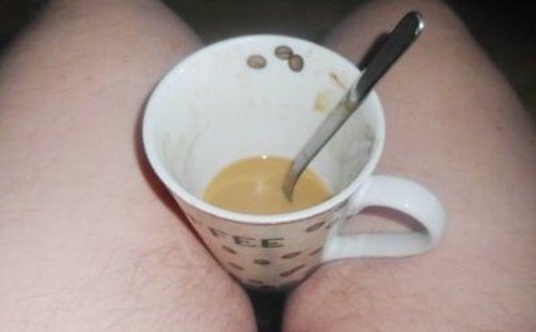 Nackt zum Kaffee bei euch