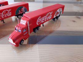 Sonstige Sammlungen - Drei LKW Coca Cola zum