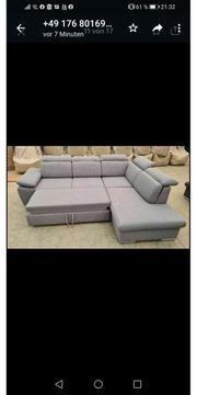 Schöne ausziehbare Couch erhältlich in