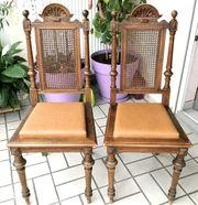 Zwei französische Stühle