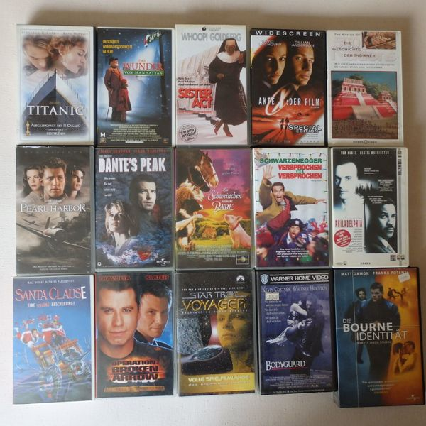 Spielfilme VHS Titanic Sister Act