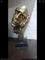 Statue goldfbg