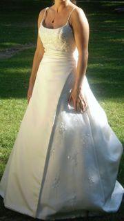 wundervolles Brautkleid von LASPOSA Gr