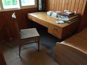 Schreibtisch inkl Stuhl