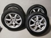 Neuwertige 4x Mercedes Allwetter Kompletträder