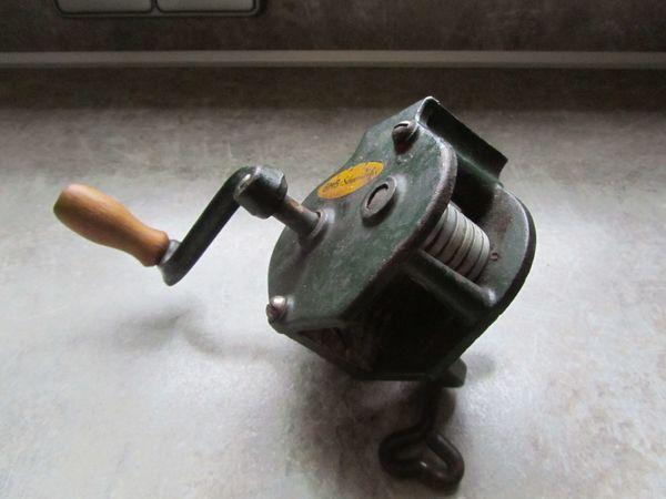 Bohnen-Schneidemaschine antik Trödel