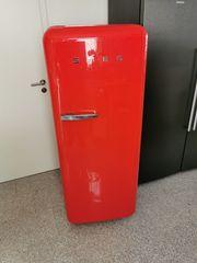 SMEG Kühlschrank rot retro