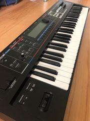Roland Juno-Gi Synthesizer Keyboard