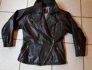 Damen-Lederjacke auch als Roller- oder