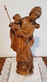 Statue Heilige Maria vom Siege