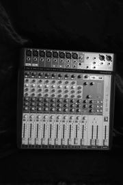 SOUNDCRAFT SIGNATURE 12 Kanal Mixer