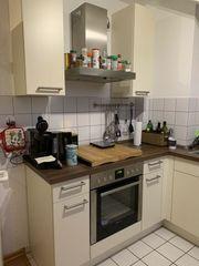 Küche in Vanille Nußbaum