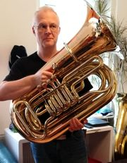 Goldmessing neuwertig 4 4 B-Tuba