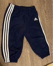 Adidas Trainingshose dunkelblau Größe 80