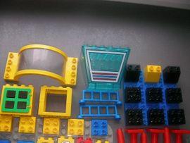 Spielzeug: Lego, Playmobil - Lego Duplo Platten Steine Figuren