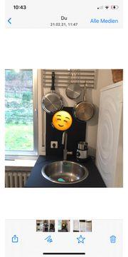 Neuwertige Küche mit Elektrogeräte