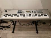 Yamaha Mo 8 Keyboard Synthesizer
