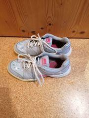 Turnschuhe Nike 37 5