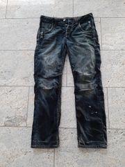 90 unter Neupreis Jeans