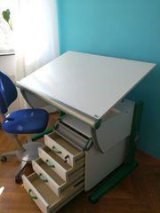 Kinder- und Jugendschreibtisch höhenverstellbar Schreibtischstuhl