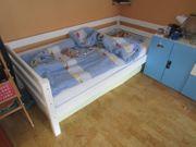 weißes Bett z B fürs