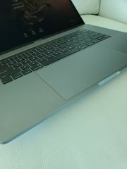 Macbook pro 2019 touch bar